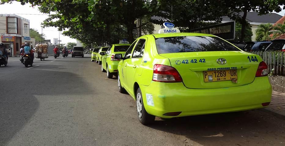 Argo Perdana Taxi Jember